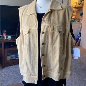 NWT Elizabeth size 2X light yellow, denim vest